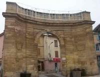 La porte d'Arles